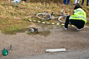 Biciclist accidentat mortal pe un drum cu trafic infernal