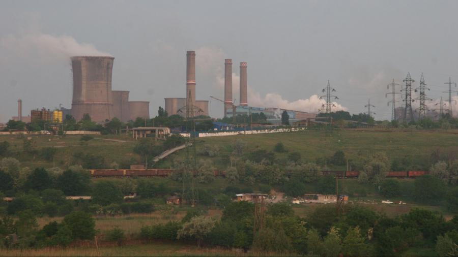 Politica bate economia. Vânzarea ArcelorMittal Galaţi se amână